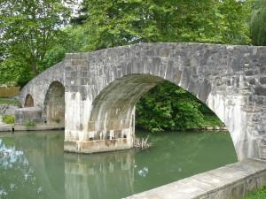 pont romain ascain
