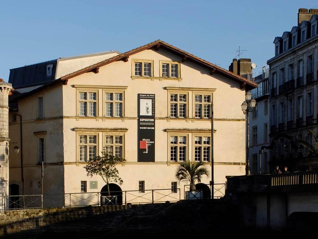 Demeure traditionnelle du Pays Basque à bayonne